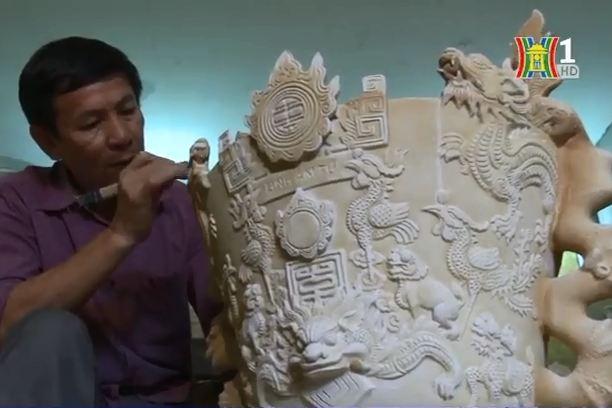 Nghệ nhân nhân dân Trần Độ đã có bí quyết tạo ra hơn 70 loại men cổ